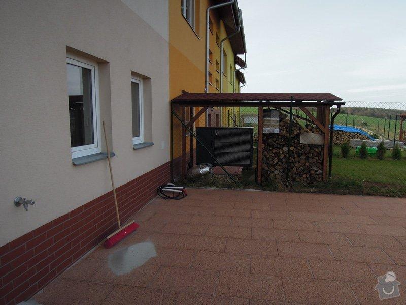 Zastřešení venkovní teras a vchodu na zahradu: DSCN7276