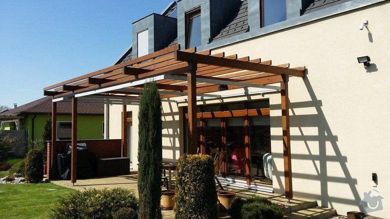 Instalace krytí zahradní pergoly u domu: 20150419_141631