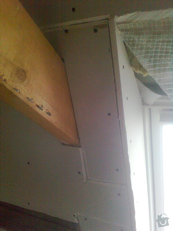 Oprava podkroví - nové schodiště, zateplení střechy, 2 střešní okna: Obraz1726