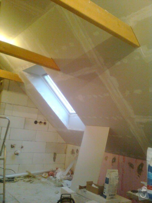 Oprava podkroví - nové schodiště, zateplení střechy, 2 střešní okna: Obraz1735