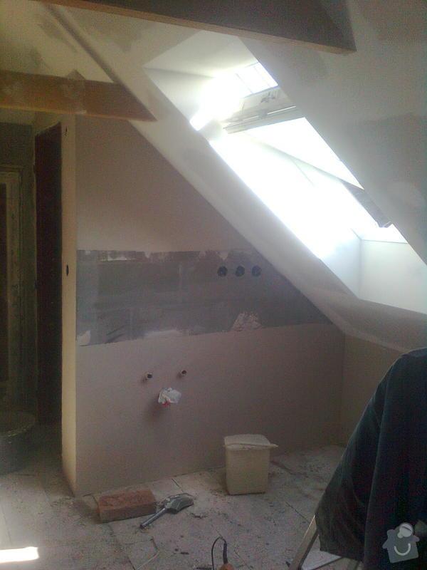 Oprava podkroví - nové schodiště, zateplení střechy, 2 střešní okna: Obraz1738