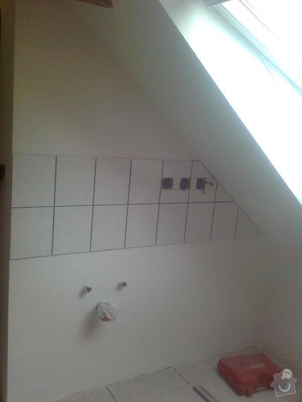 Oprava podkroví - nové schodiště, zateplení střechy, 2 střešní okna: Obraz1749
