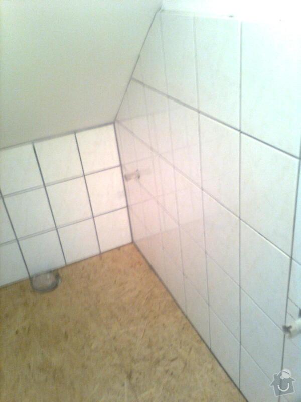 Oprava podkroví - nové schodiště, zateplení střechy, 2 střešní okna: Obraz1765