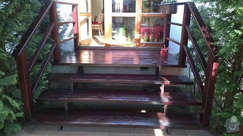 Dřevěné schody do zahrady: WP_20150419_001