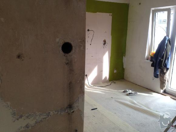 Komín (frézování, vložkování, prodloužení, příprava na krbová kamna na dřevo): otvor_do_kominu