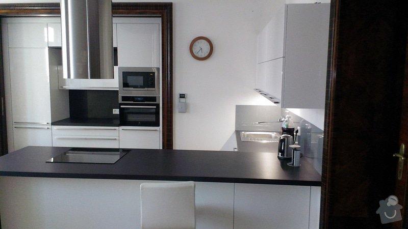 Kuchyňská linka se spotřebiči: IMAG0062