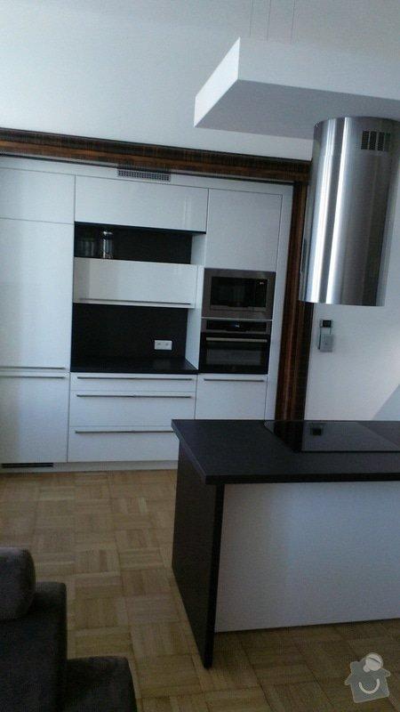 Kuchyňská linka se spotřebiči: IMAG0069