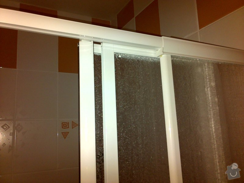 Oprava dveří ve sprchovém koutě: 3