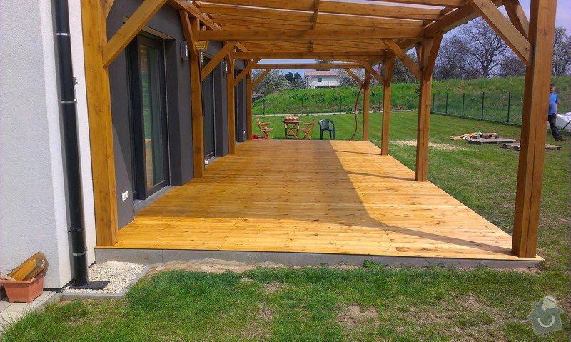 Výroba dřevěné terasy 50 m2: IMAG1046