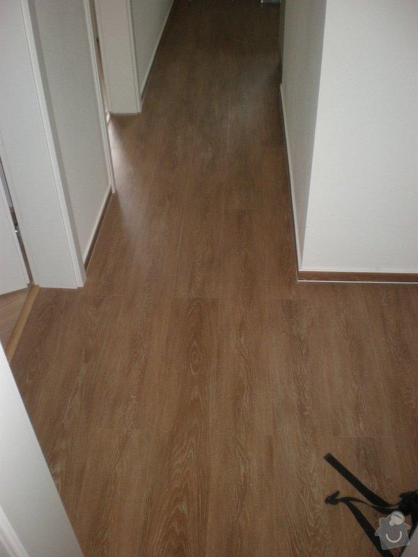 Renovace parket,vyrovnání podlah sanoniveleční stěrkou,lepení vinylové podlahy,montáž int.dveří: 015