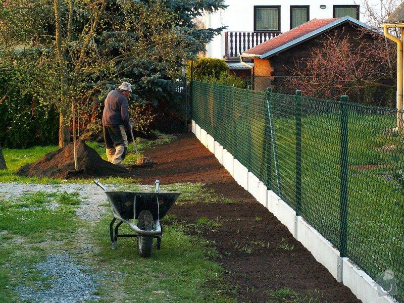 Oplocení pozemku: plot4