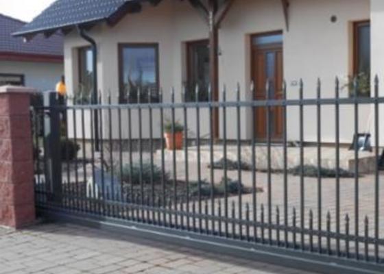 Výrobu a montáž kované brány a branky