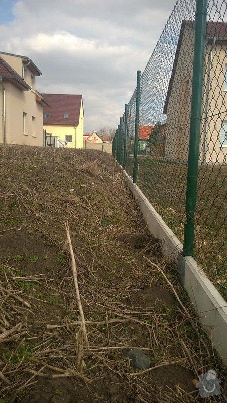 Zorání zahrady, dorovnání: WP_20150307_002