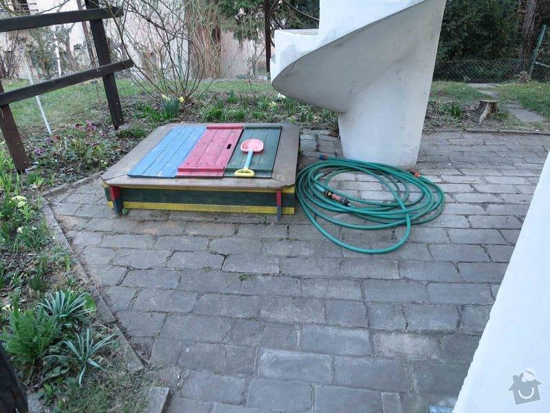 Rekonstrukce cihlové dlažby na zahradě 23 m2: IMG_5532dlazbaU