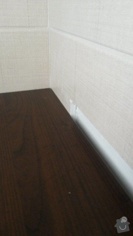 Montáž kuchyňské pracovní desky, instalace vestavné varné desky a instalace dřezu s baterií: 4_nedokonceny_vyrez_obkladu