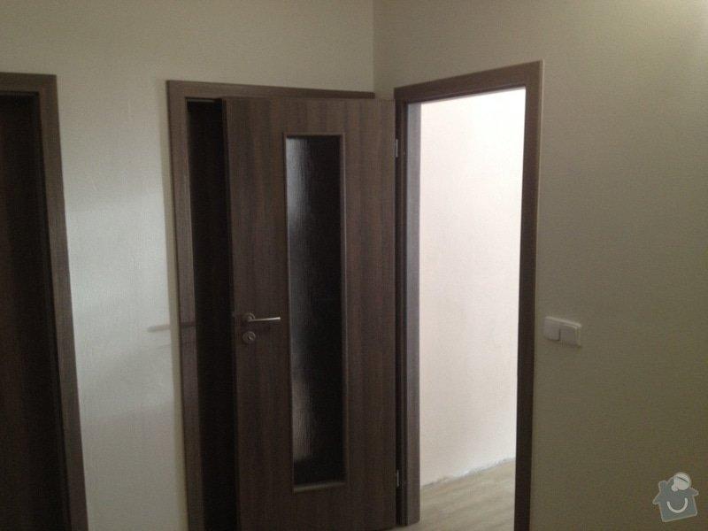 Rekonstrukce bytového jádra, stavební úpravy kuchyně, obložky: 17