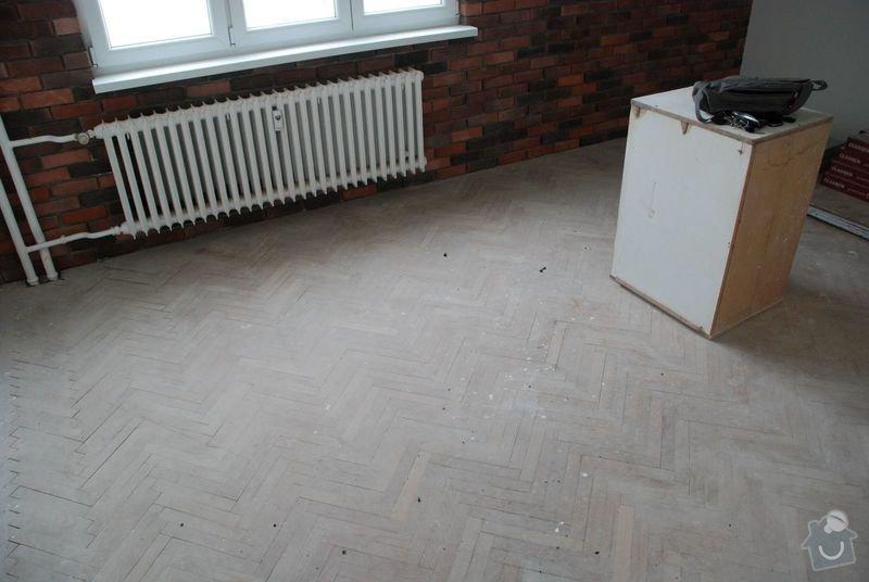 Renovace podlahy z dřevěných parket 18 m2: 2