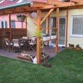 Dreveny nizky plot okolo zahradni pergoly img 0932