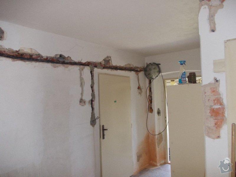 Oprava vnitřních omítek po elektrikářích: DSCN1251