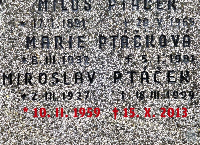 Vytesání nápisu na náhrobek: Ptackovi_detail-IX-336