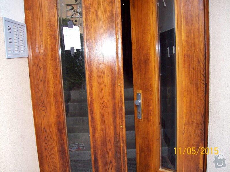 Renovace původních vchodových dveří do bytového domu: 003
