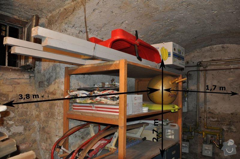 Oklepani vnitrni stare omytky na cihlove stene v suterenu: text4554