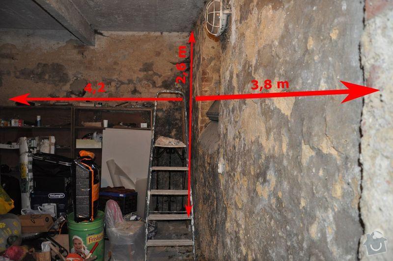 Oklepani vnitrni stare omytky na cihlove stene v suterenu: text4690