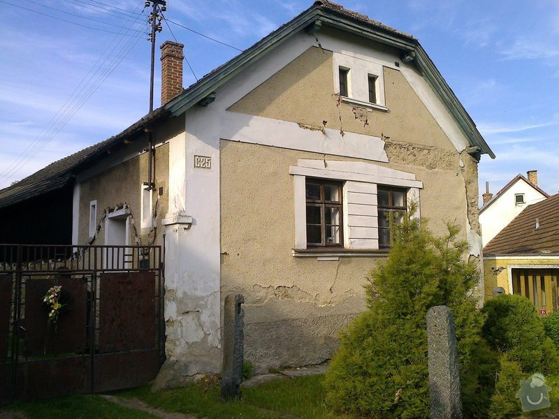 Rekonstrukce staré chalupy - tzv. vejminek + střecha na hlavní obytné budově + oplocení: Fotografie0561