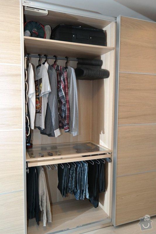 Potřebuji rozmontovat 2 skříně s pojezdy z IKEA: SAM_0361