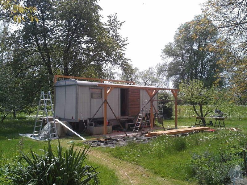 Střecha nebo přístřešek na maringotku: 1
