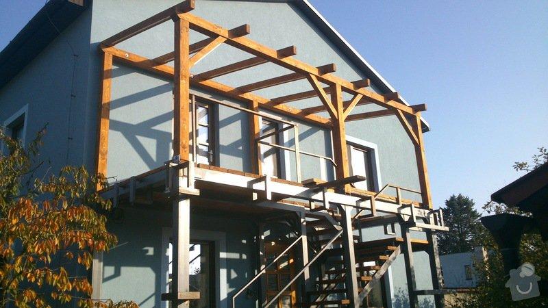 Dřevěné zábradlí na venkovní schodiště: DSC_2215