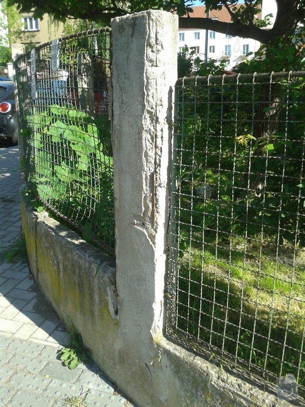 Realizace parkovacího stání a oprava plotu: 20150518_083843
