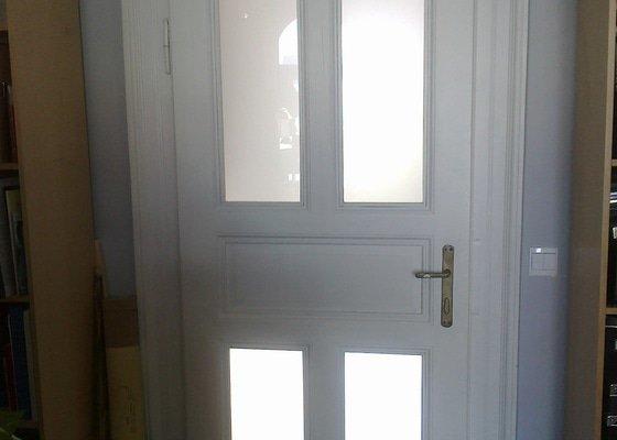 Výroba dveří do stávajících dřevěných zárubní