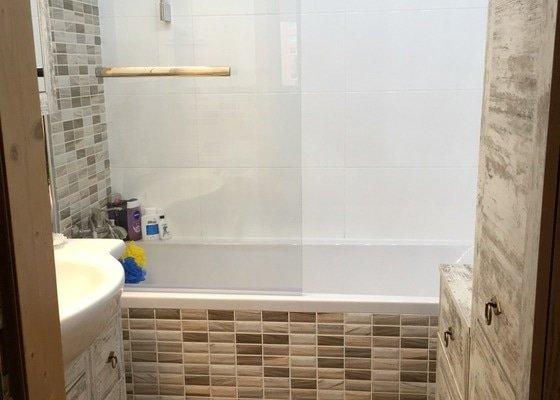 Rekonstrukce koupelny a WC v panelovém domě.