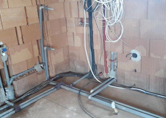 Rozvody vody + topení (podlahové+radiátory)