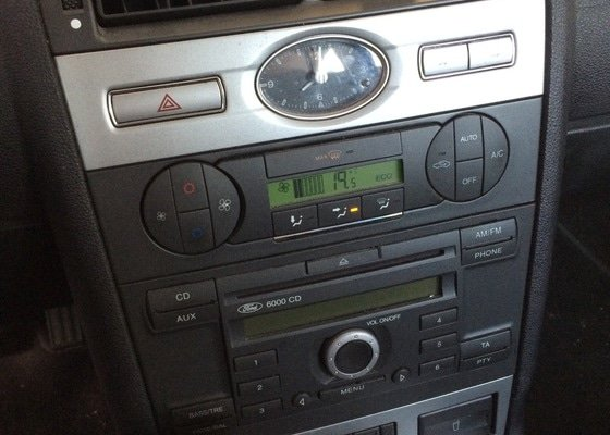 Nefunkční klimatizace Ford Mondeo MKIII
