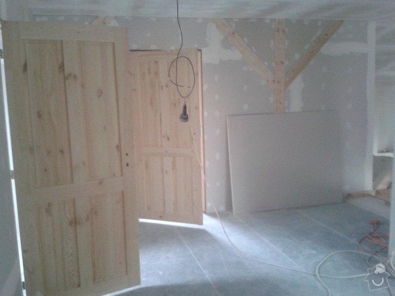 Sádrokartonářské práce - šikmá střecha: 20150301_145832