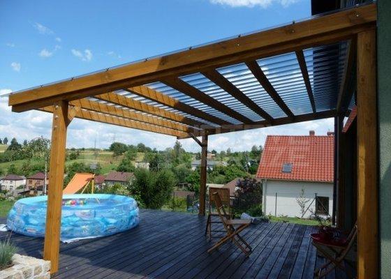 Záhradný domek + pergola