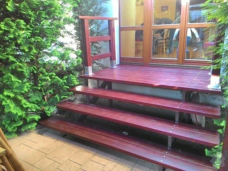 Dřevěné schody do zahrady: P_20150528_191050