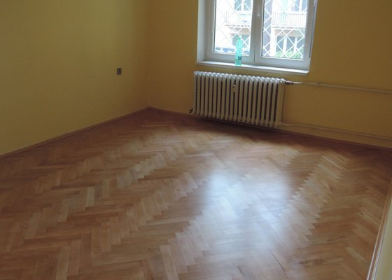 Renovace parket (3 pokoje, cca 50 m2)