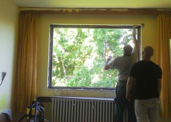 Montáž plastového okna