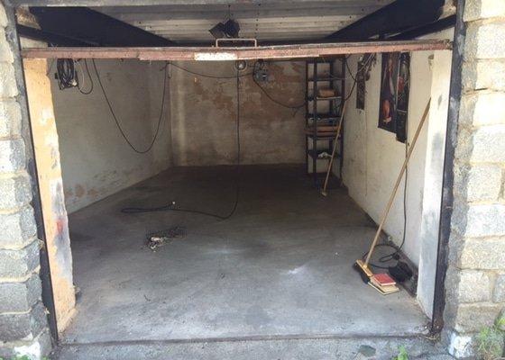 Instalace garážových vrat, oprava interiéru garáže