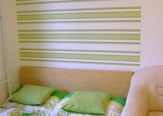Malířské práce 1 pokoj + částečně tapeta