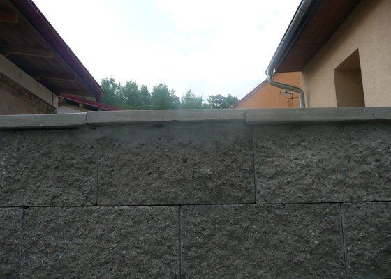 Položení zámkové dlažby 53m2 + 5 schodků