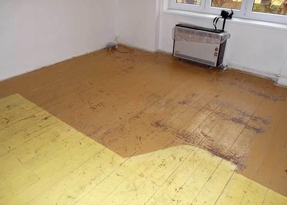 Renovace drevene podlahy