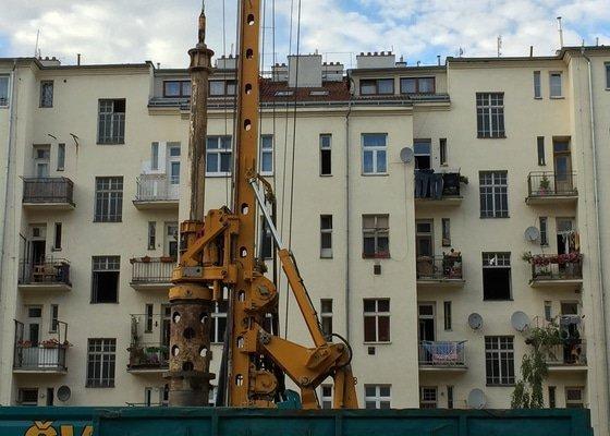 Stříšky nad balkony a oprava balkonů