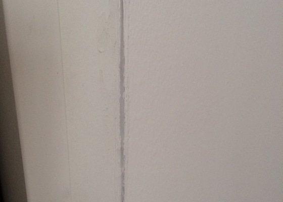 Vestavena satni skrin - cca 340x60x310cm (d, h, v)