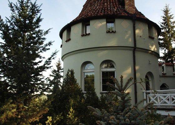 Oprava strechy historickeho domu