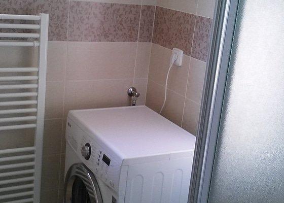 Rekonstrukce koupelny, vč.stavebních a instalaterských prací v rodinném domě