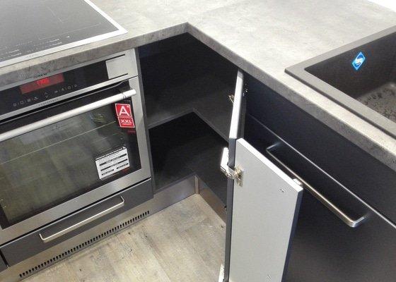 Kompletní rekonstrukce bytu 3+1, vč. výroby kuchyně
